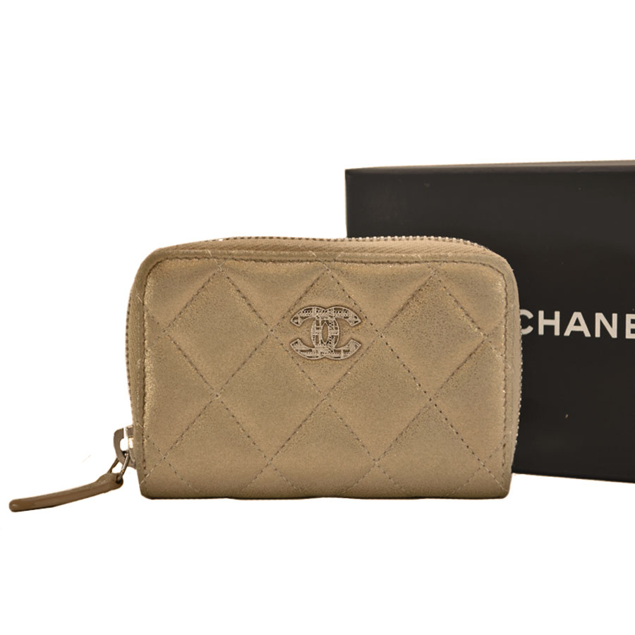 7b1102d2410d Image is loading Auth-CHANEL-CC-Logo-Matelasse-Coin-Purse-Champagne-