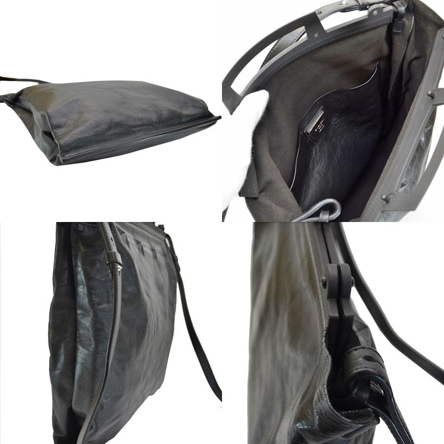 thumbnail 2 - Auth-GIVENCHY-Star-Embossed-Leather-Tote-Handbag-Shoulder-Bag-Black-r7112